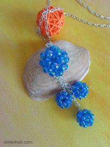 Kék gömbös nyaklánc