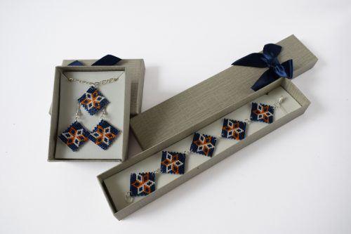 Virágos ékszerszett – sötétkék-narancs-fehér/Flowered jewellery set - dark blue-orange-white